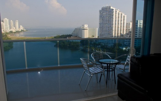 Condo_for_sale_Cartagena_balcony