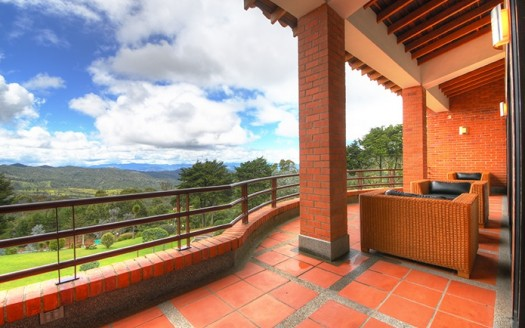 Medellin_country_house_for_sale