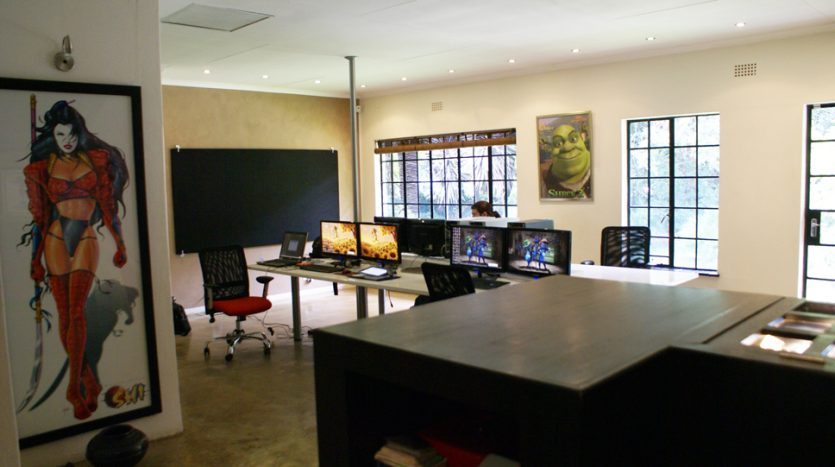 Creative office space house for sale - Creative small spaces property ...