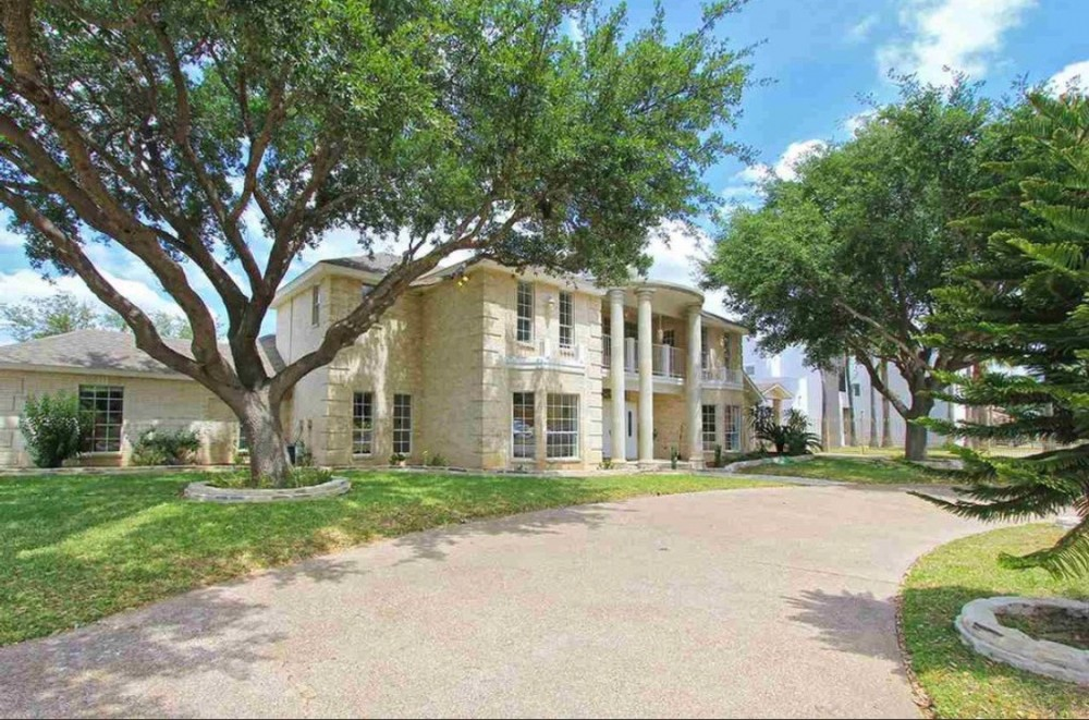 House For Sale In Laredo Texas