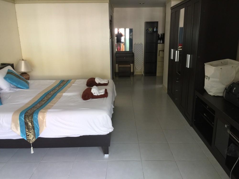 Phuket spacious 2 bedroom 2 bathroom condo unit for sale for 2 bedroom 2 bathroom homes for sale