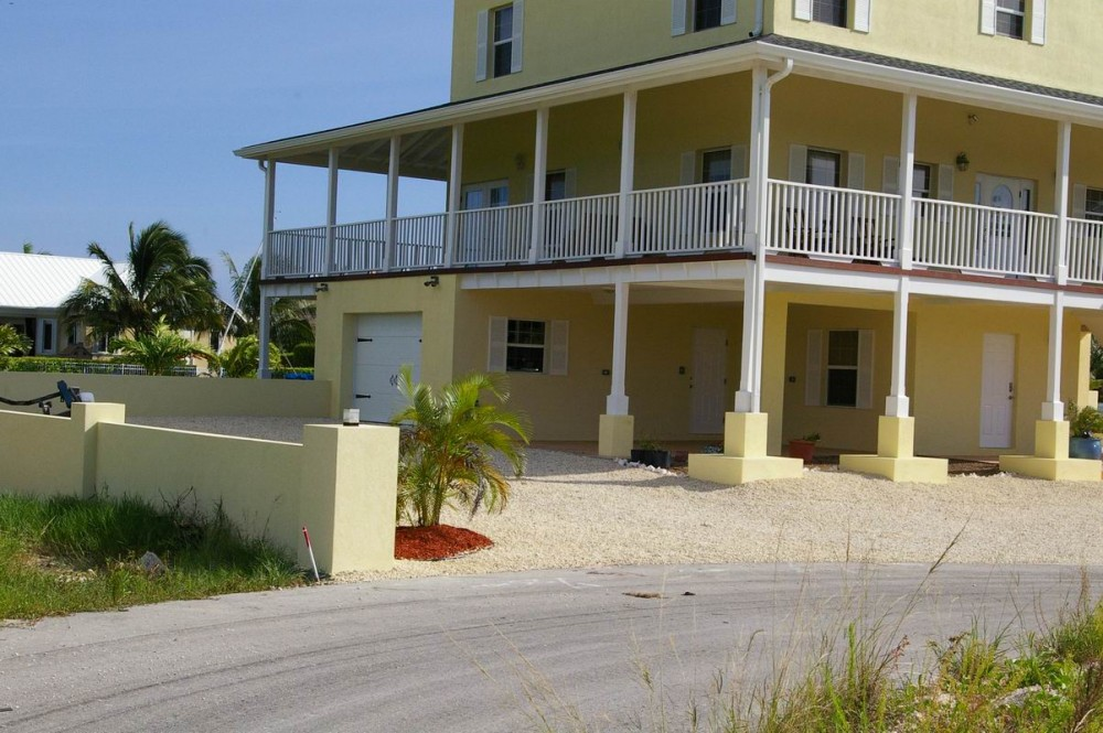 Ocean View Canal Front Home In The Cayman Islands